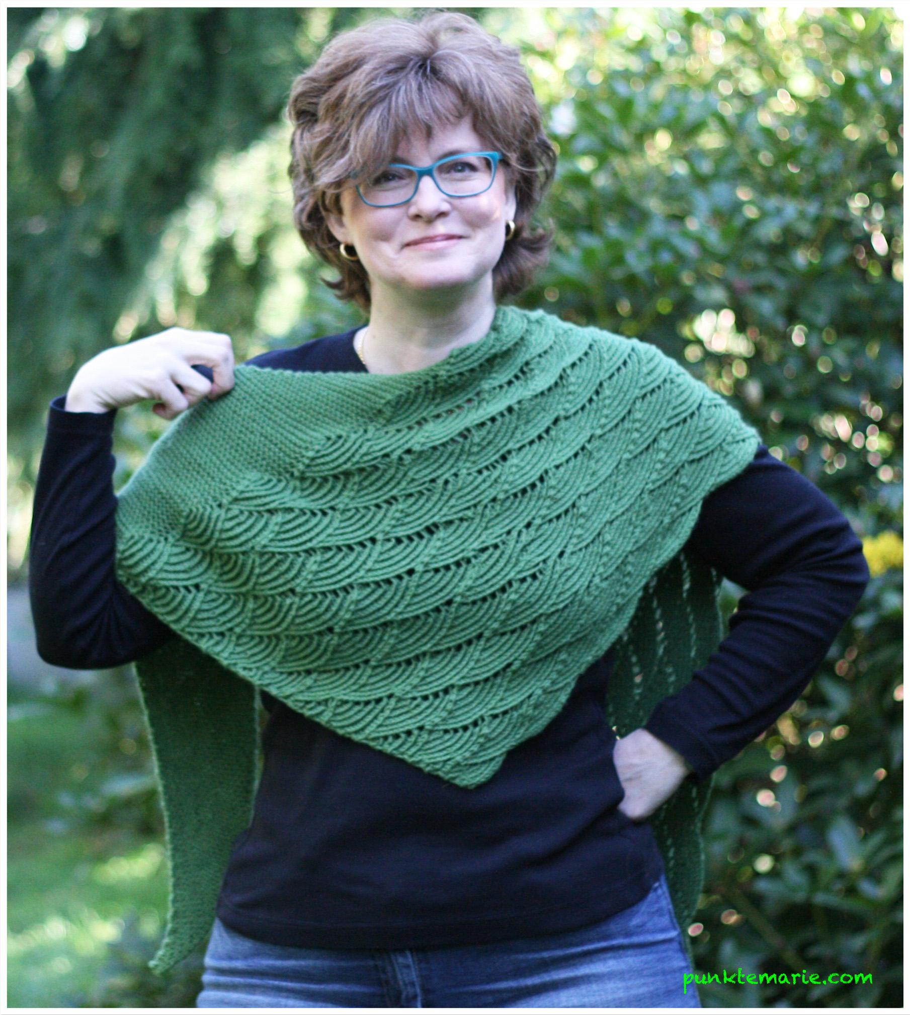 Grüne Rheinlust – Punktemarie näht und strickt